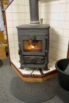 heating for boats, narrowboats and barges - squirrel multi fuel room stove